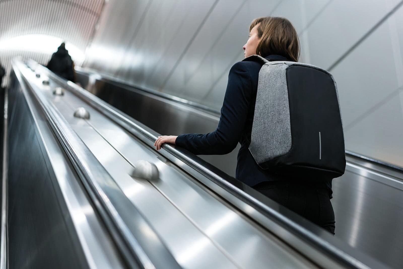 Siva torba za putovanja, udoban Boban
