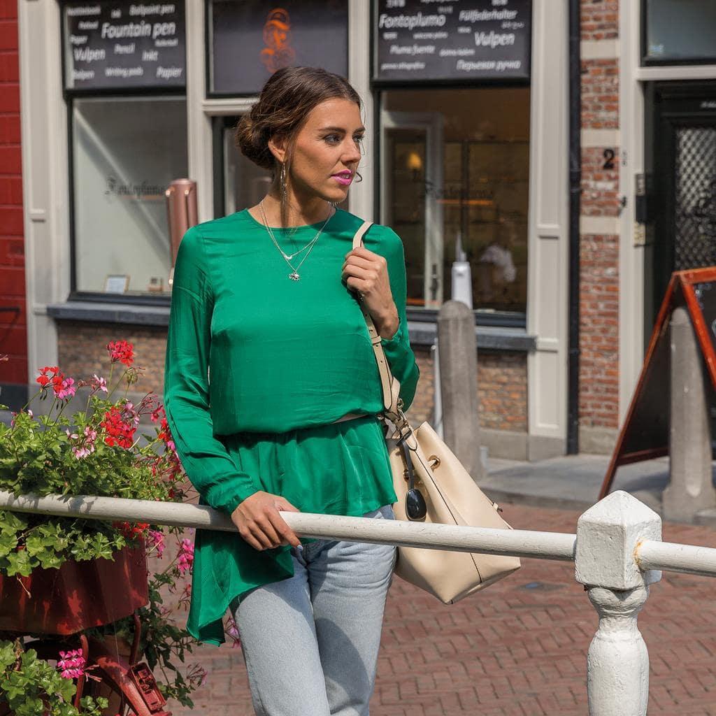 Keti - zaštitni ženski privezak za torbe i tašne 12